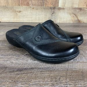 Clarks Leisa Berry 10N Black Leather Slip On Clog